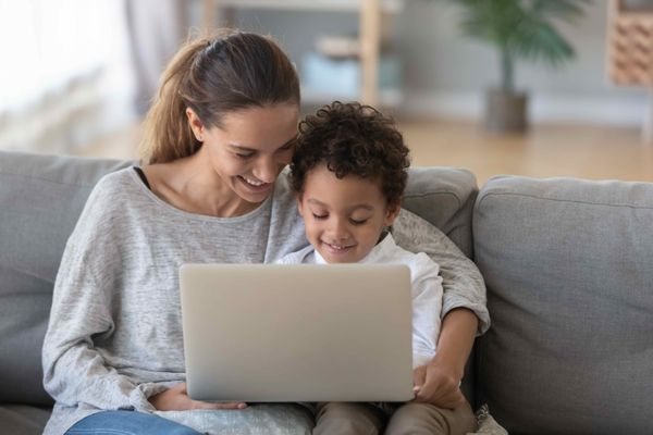 How Online Speech Therapy Encourages Parent Involvement