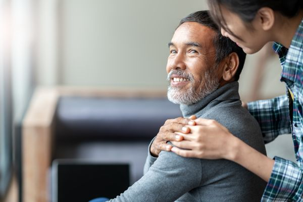 18 Tips for Communicating with a Loved One After a Stroke